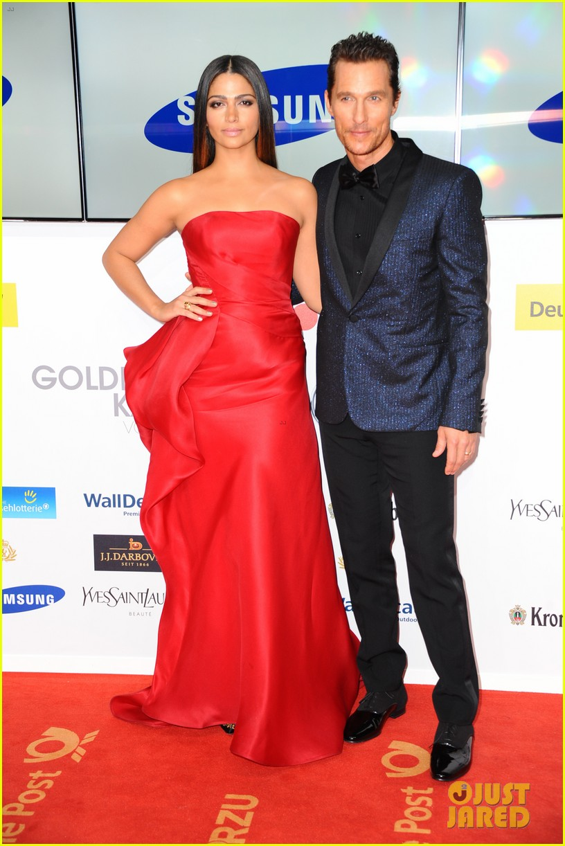 matthew mcconaughey camila alves picture perfect pair at goldene kamera awards 023045821