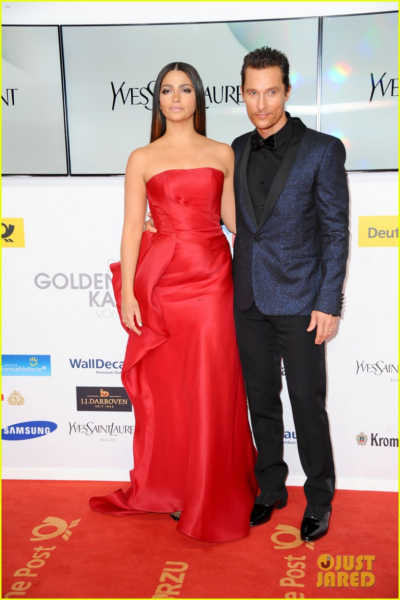 matthew mcconaughey camila alves picture perfect pair at goldene kamera awards 113045830