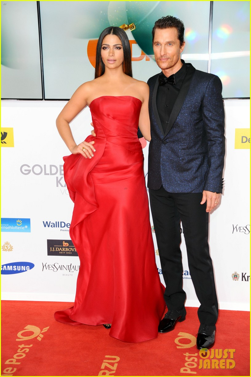 matthew mcconaughey camila alves picture perfect pair at goldene kamera awards 133045832