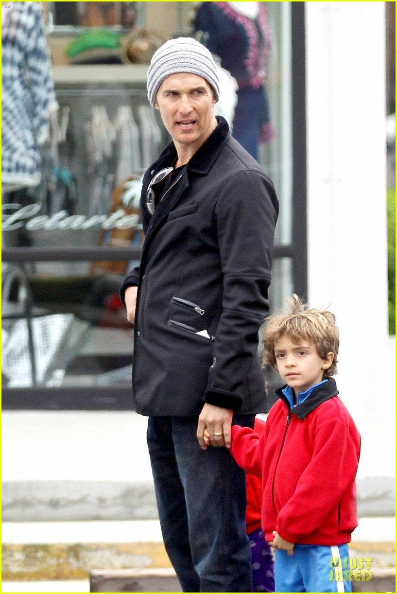 matthew mcconaughey lego movie showing with the kids 123056048