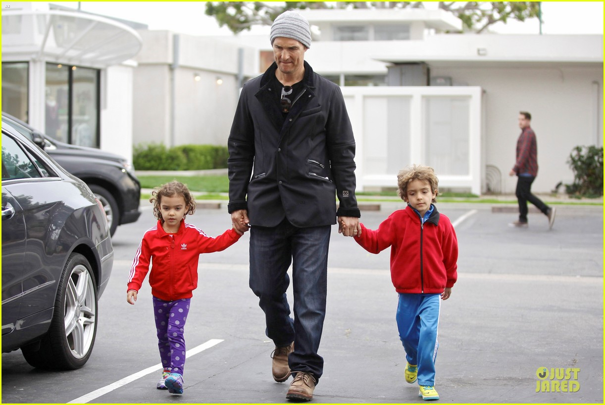 matthew mcconaughey lego movie showing with the kids 183056054