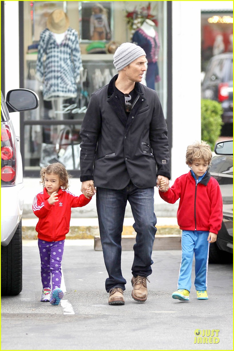 matthew mcconaughey lego movie showing with the kids 243056060