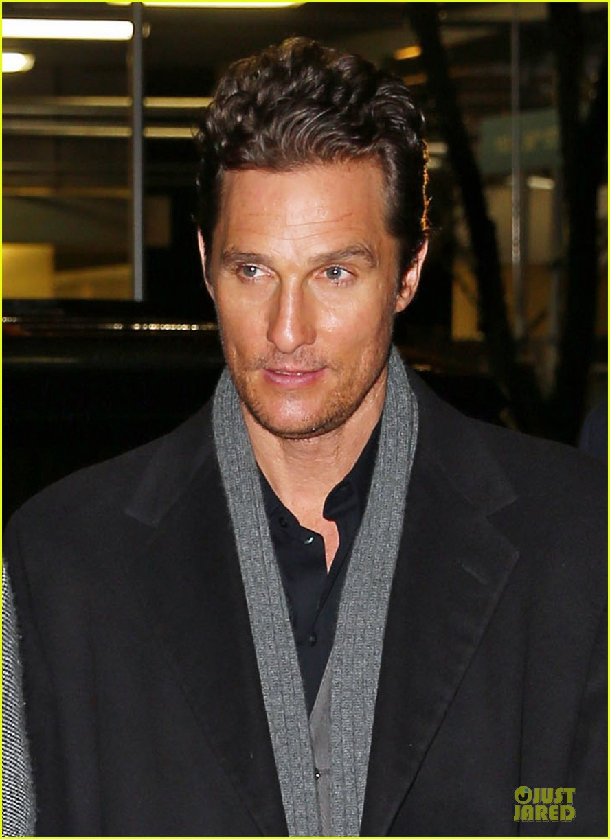 camila alves matthew mcconaughey isnt as romantic as his on screen characters 043058473