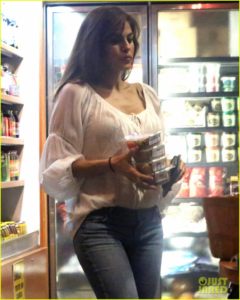 eva mendes my new york company line debuts next month 163054775