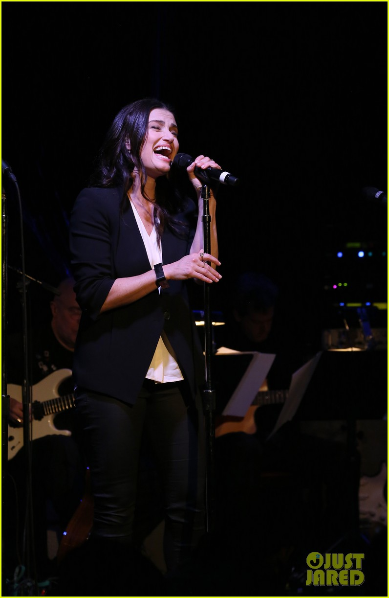 idina menzel performs songs from if then at free concert3053457