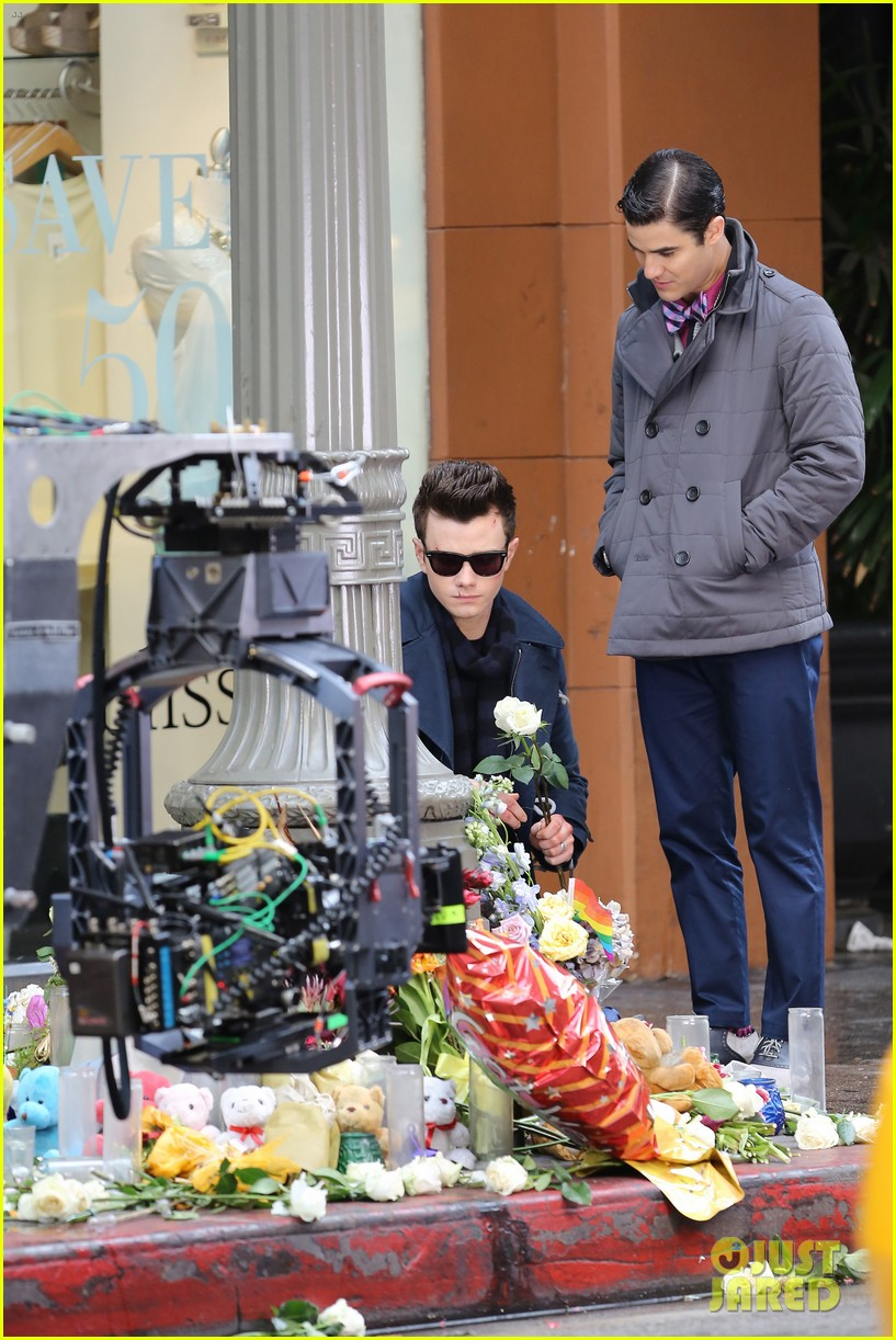 lea michele chris colfer film memorial scene for glee 19