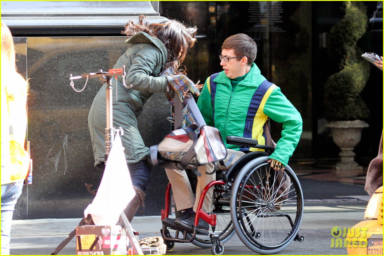 lea michele films glee new york scenes with kevin mchale 063056535