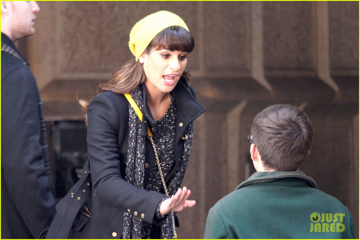 lea michele films glee new york scenes with kevin mchale 14