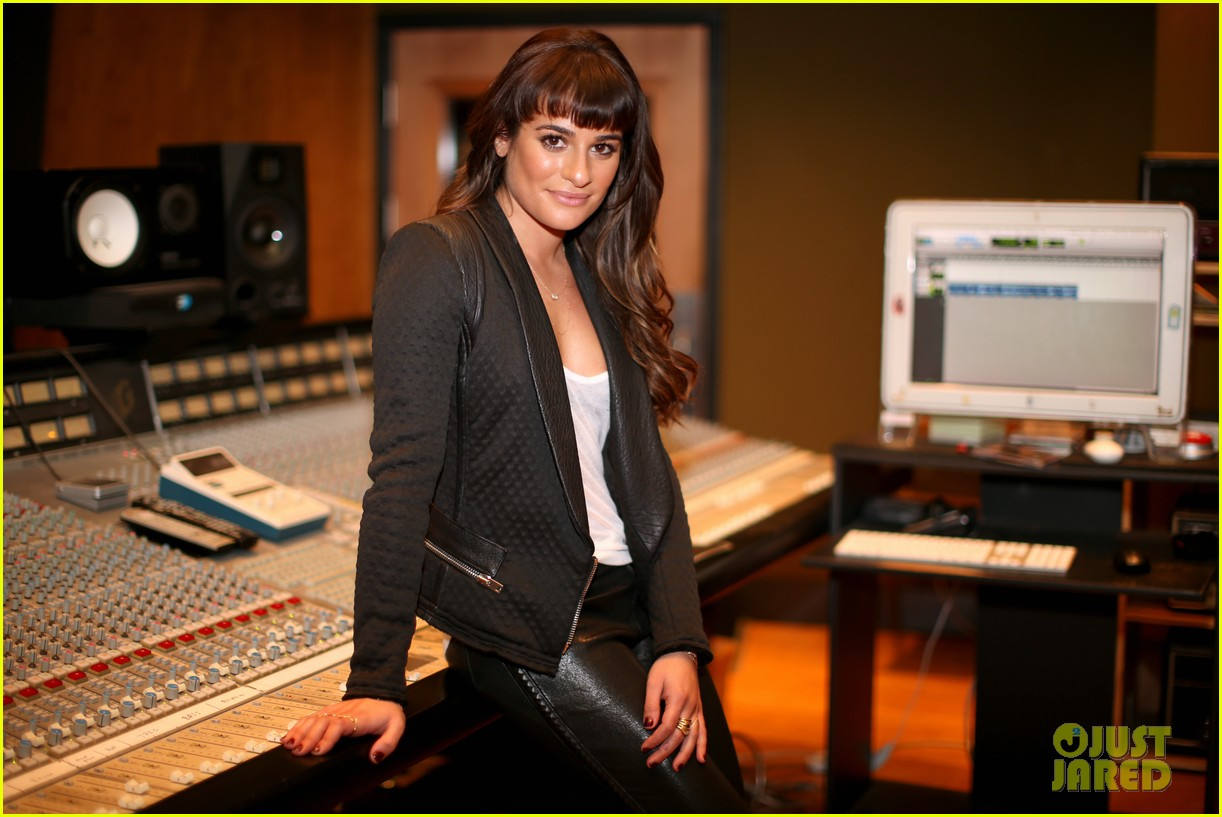 lea michele previews louder at album listening party 163061730