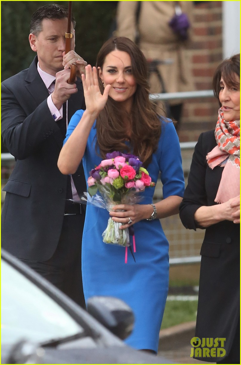 kate middleton opens the icap art room on valentines day 063053292