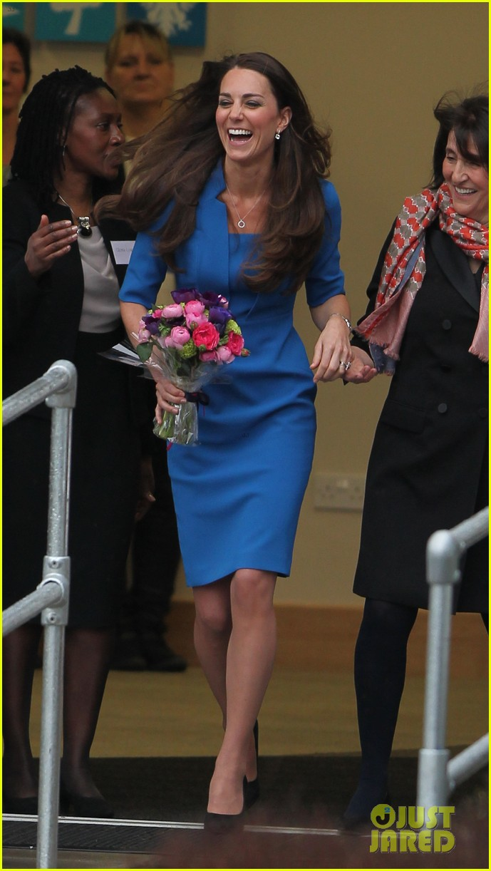 kate middleton opens the icap art room on valentines day 073053293
