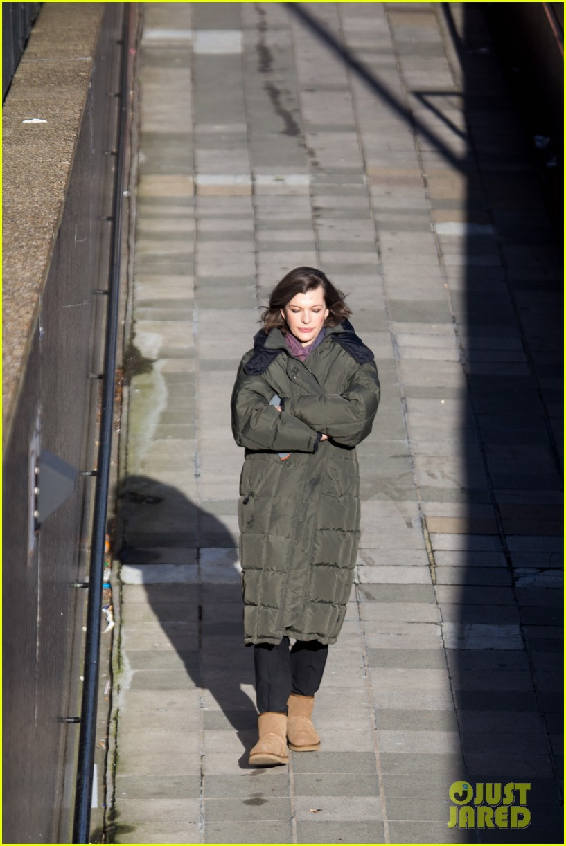 milla jovovich has cut up face for survivor scenes 033055022