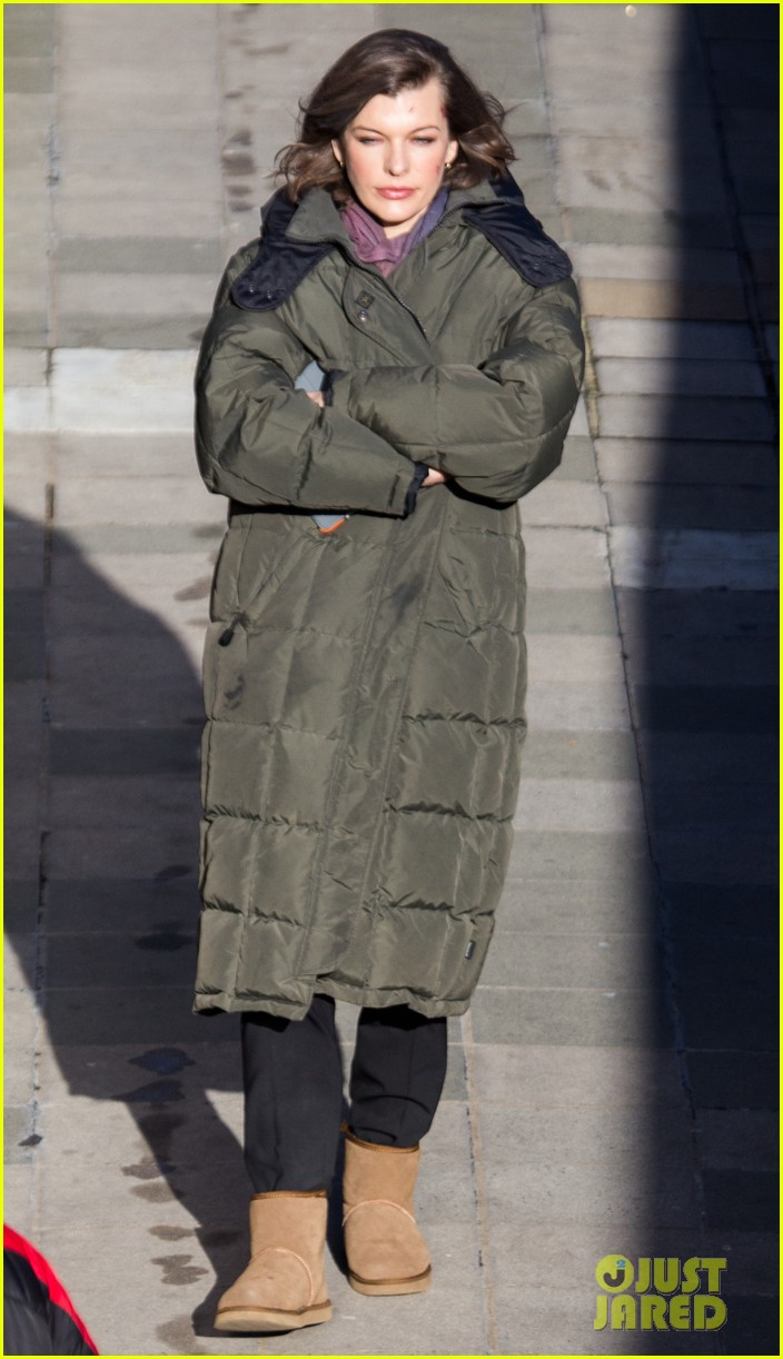 milla jovovich has cut up face for survivor scenes 063055025