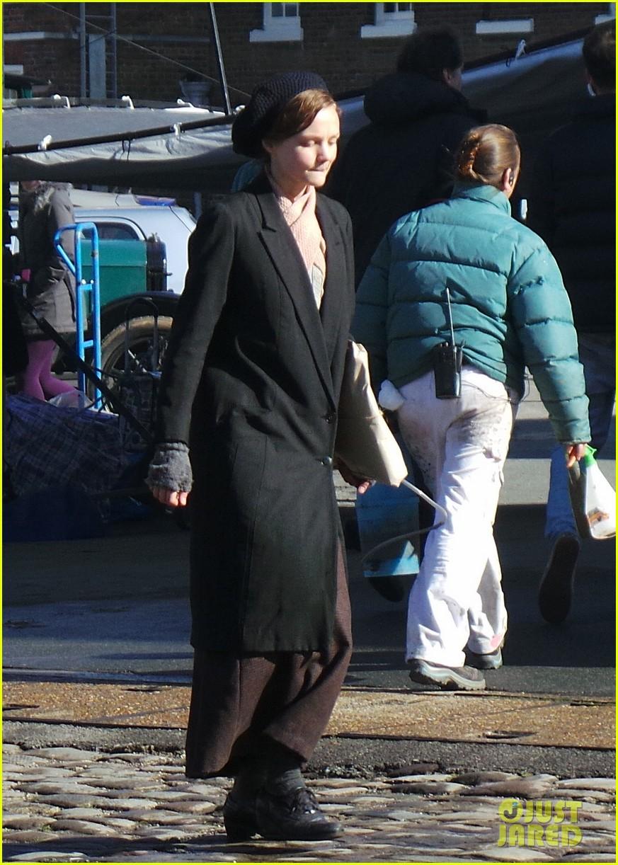 carey mulligan begins filming suffragette in london 013059510