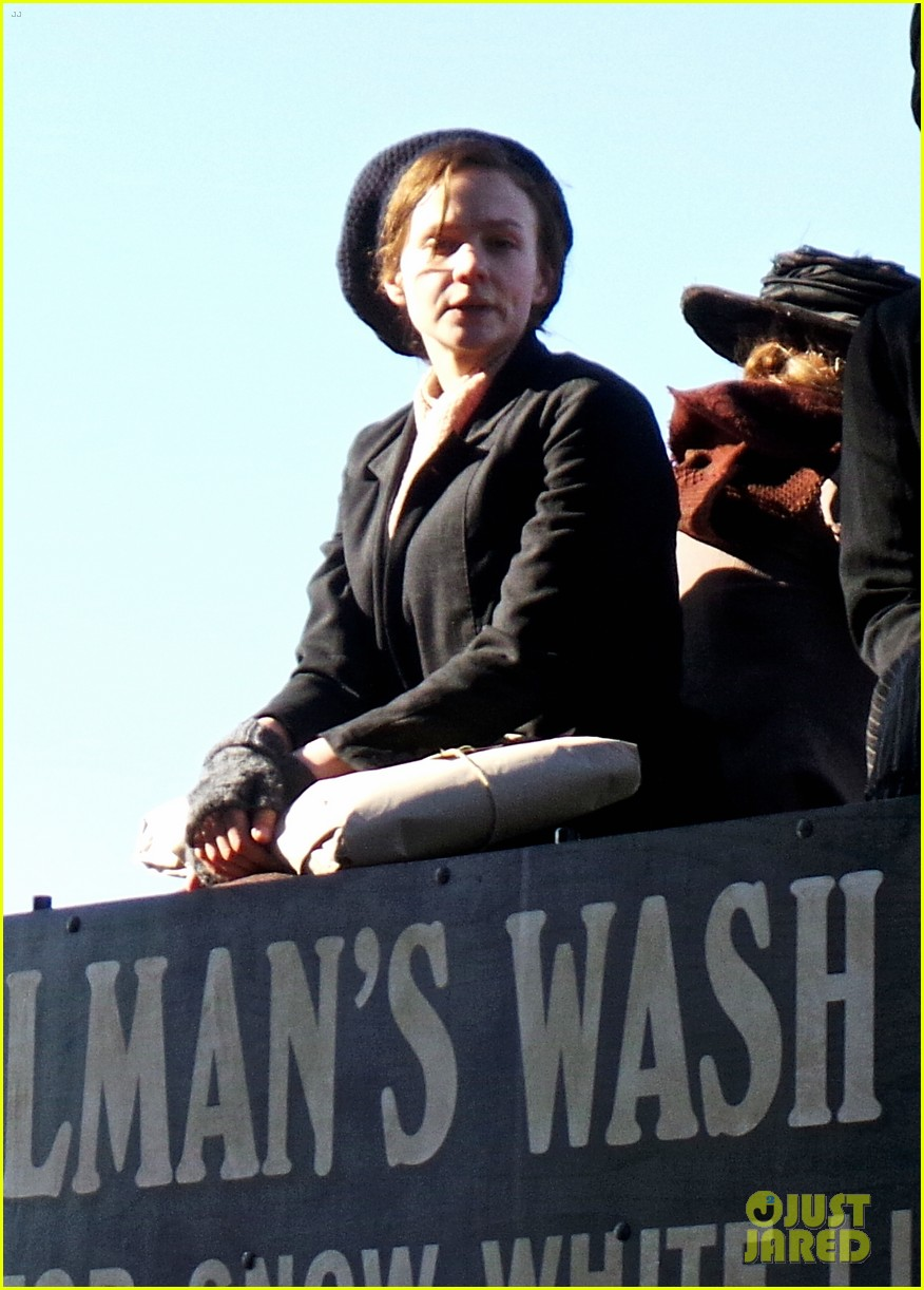 carey mulligan begins filming suffragette in london 033059512