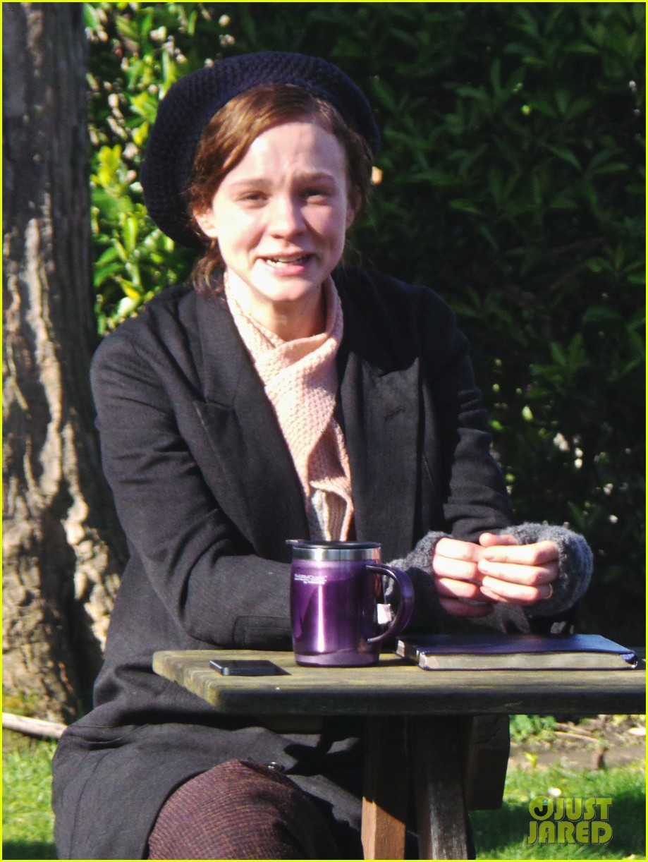 carey mulligan begins filming suffragette in london 043059513