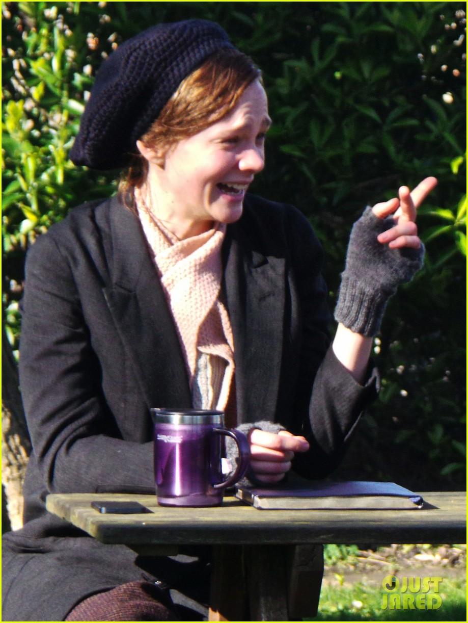 carey mulligan begins filming suffragette in london 073059516