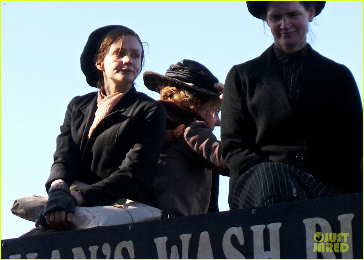 carey mulligan begins filming suffragette in london 08