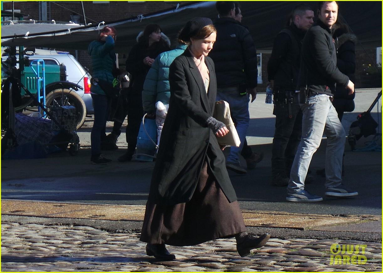 carey mulligan begins filming suffragette in london 113059520