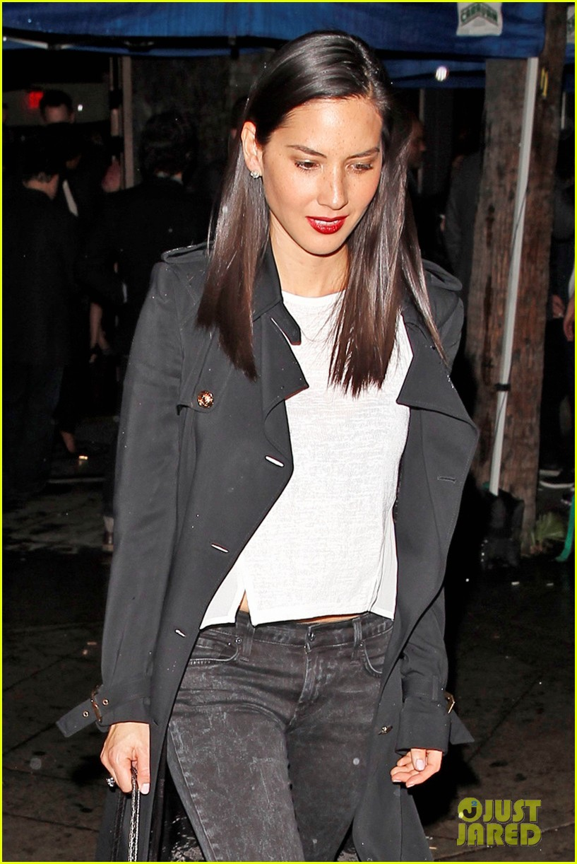 olivia munn hits a party while joel kinnaman films the killing 093061633