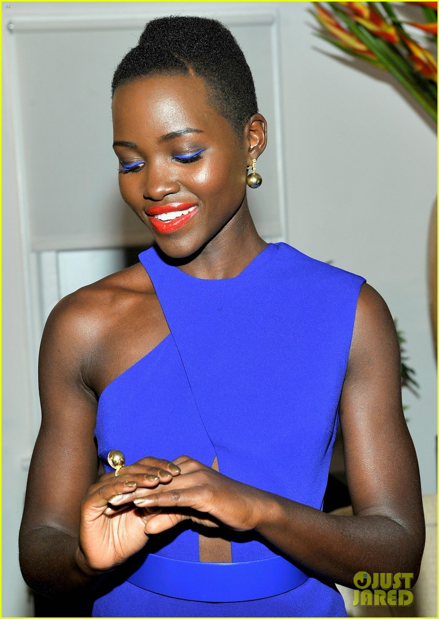 lupita nyongo naomie harris lovegold cocktail party 053061480