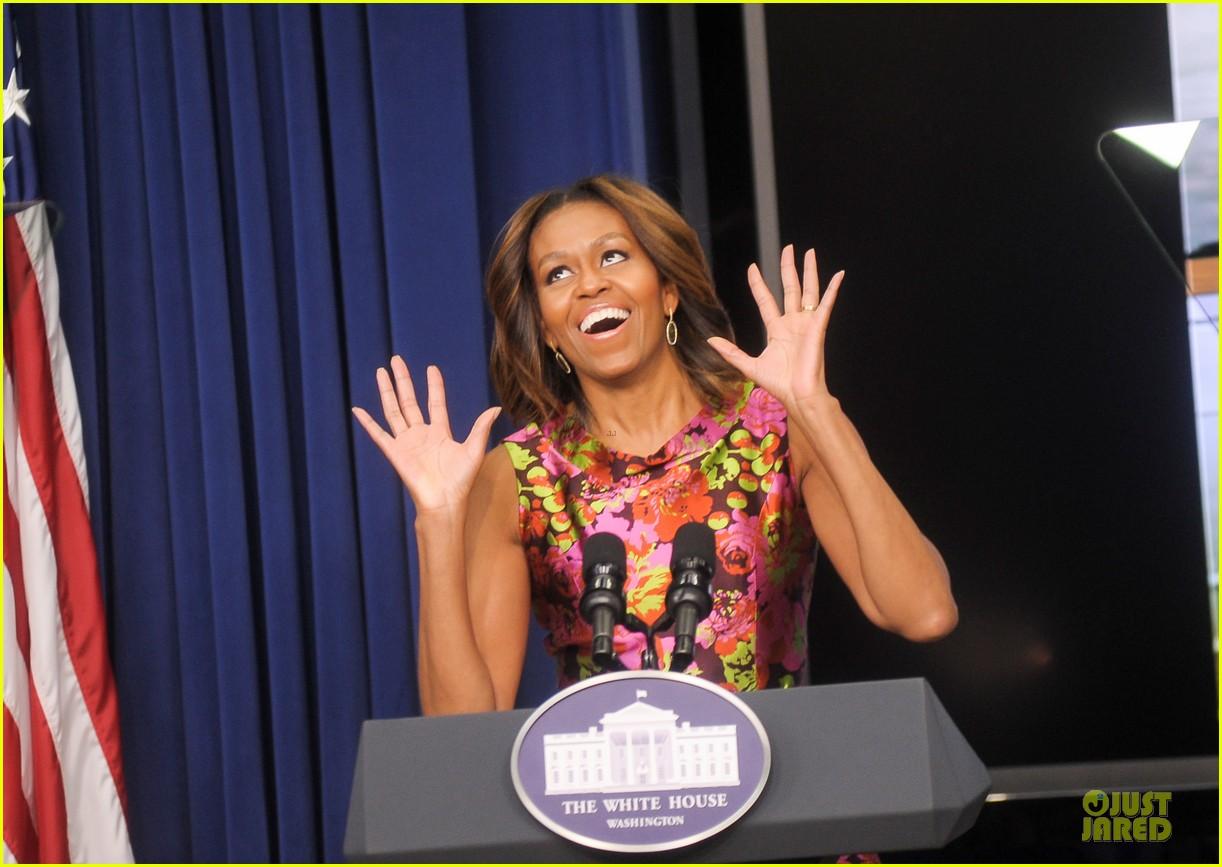 michelle obama vanessa williams trip to bountiful screening 013060126