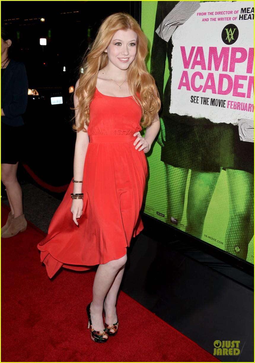 sarah hyland olga kurylenko vampire academy premiere 17