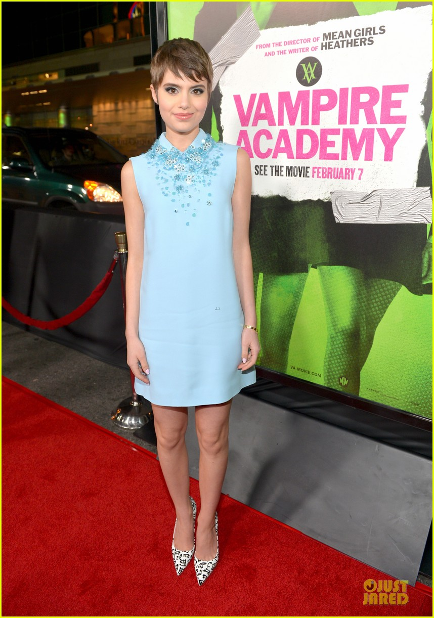 sarah hyland olga kurylenko vampire academy premiere 263047778