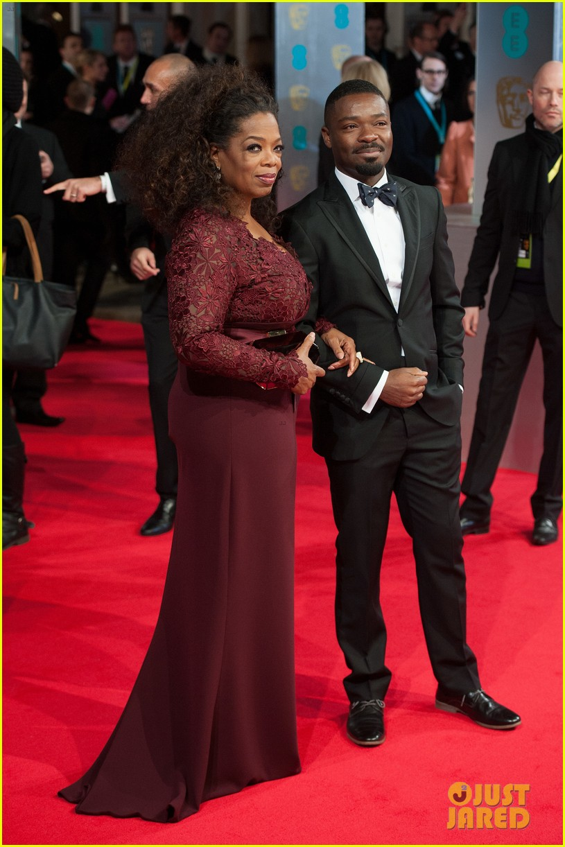 oprah winfrey baftas 2014 red carpet 043054561