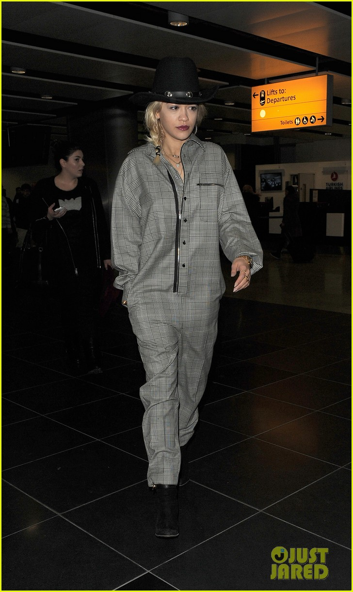 rita ora heads to dubai after quick trip to london 013052826