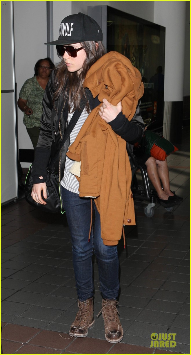 ellen page steps out after coming out as gay 033055863