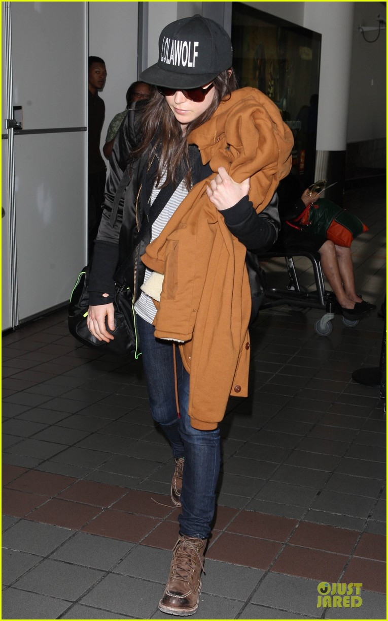 ellen page steps out after coming out as gay 053055865