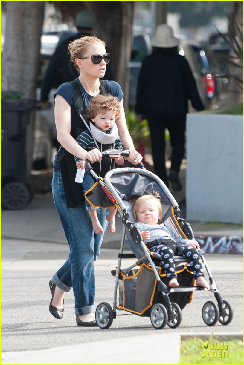 anna paquin casual saturday stroll with the twins 013058596