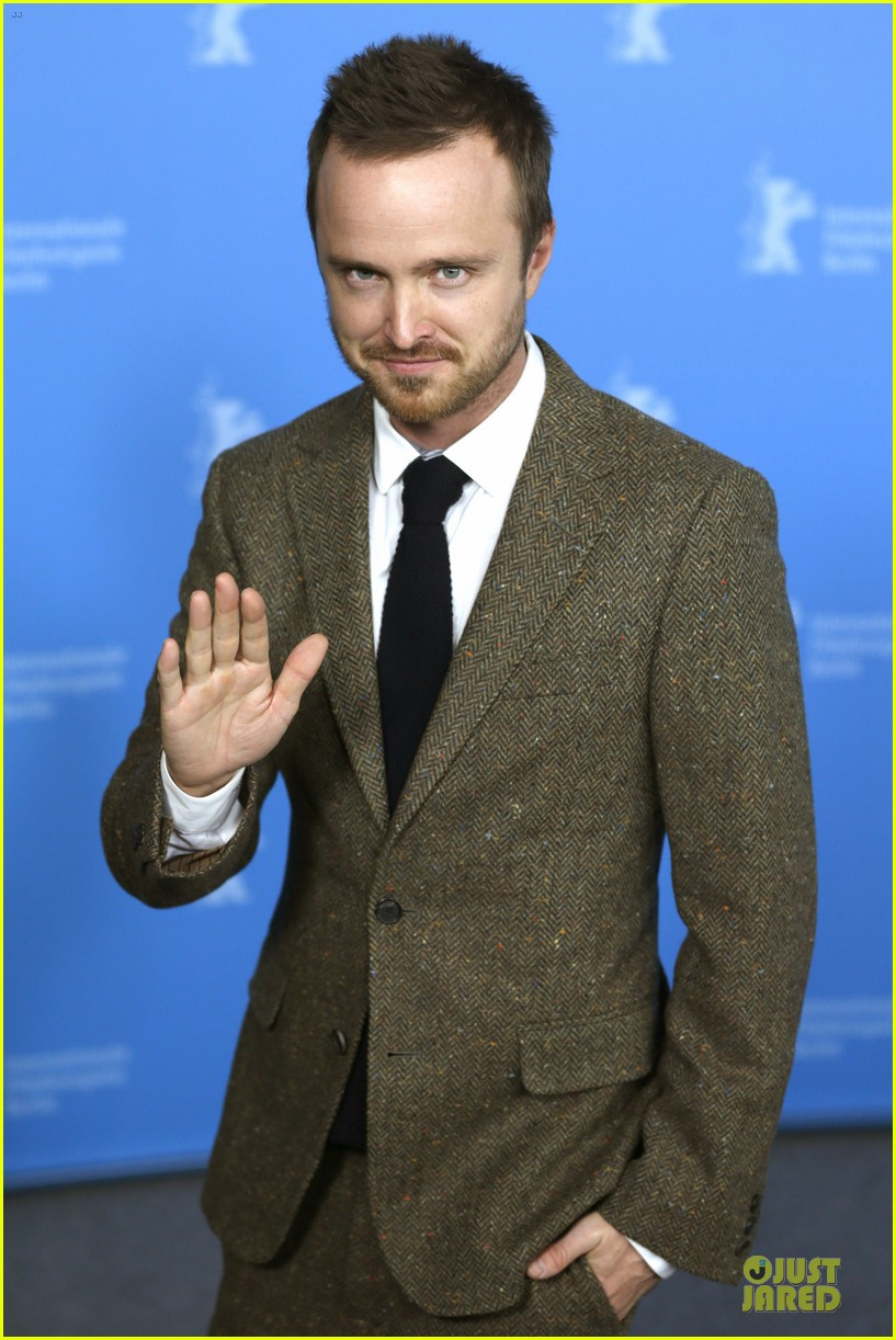 aaron paul imogen poots long way down berlin premiere 063050950