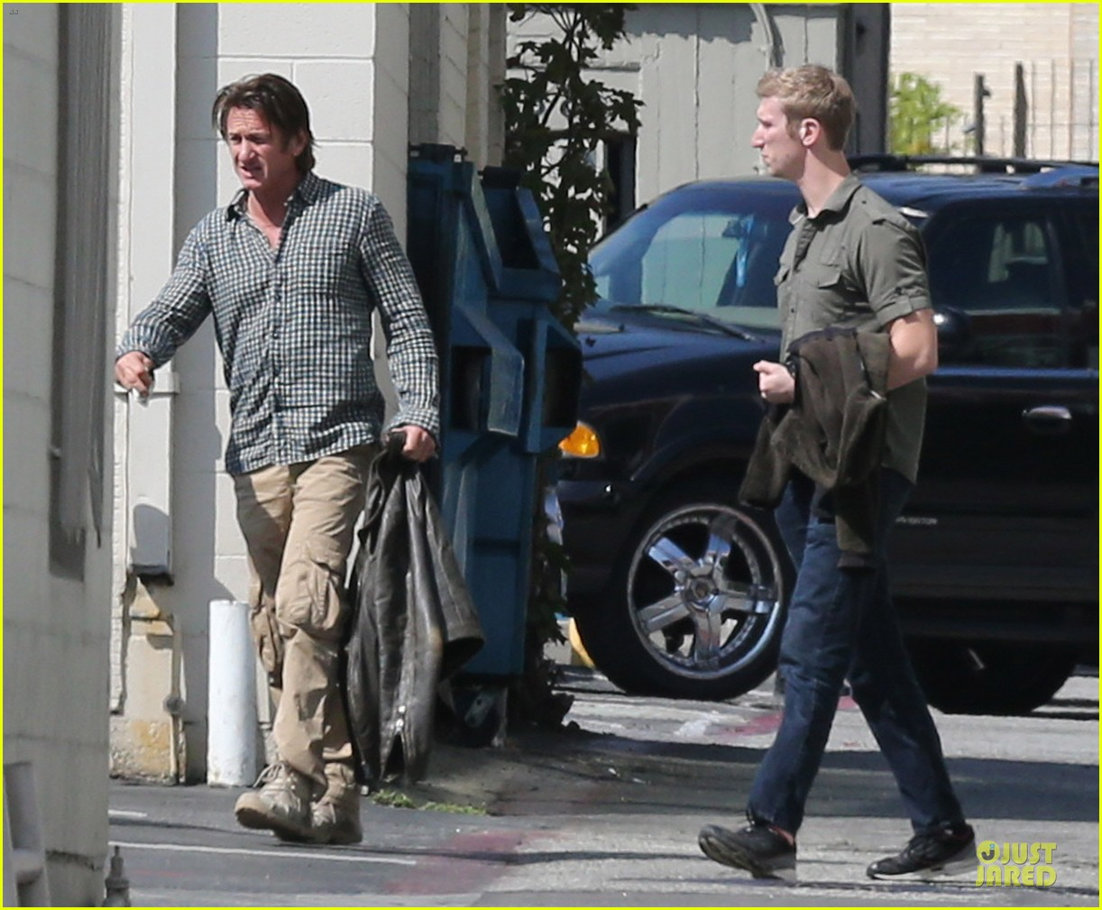 sean penn charlize theron were inseparable in cabo 053060651