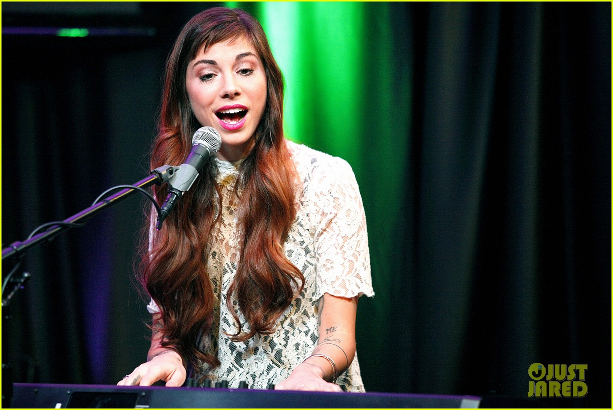 christina perri previews new album at nyc listening party 063061141
