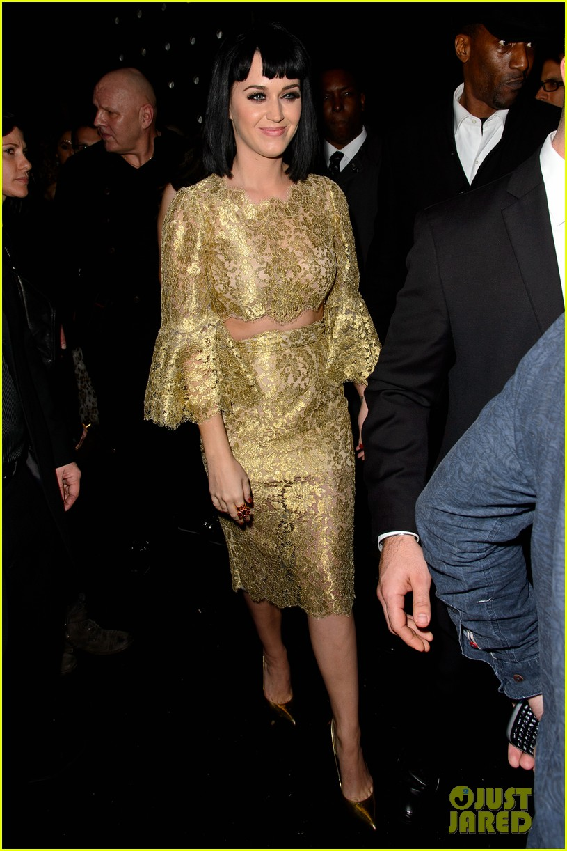 katy perry parties in london john mayer sticks in new york 013056733