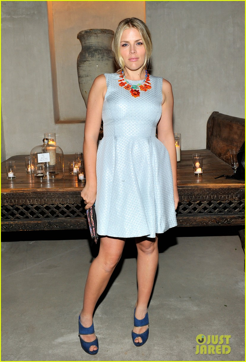 busy philipps cobie smulders irene neuwirth cocktail party 023047832