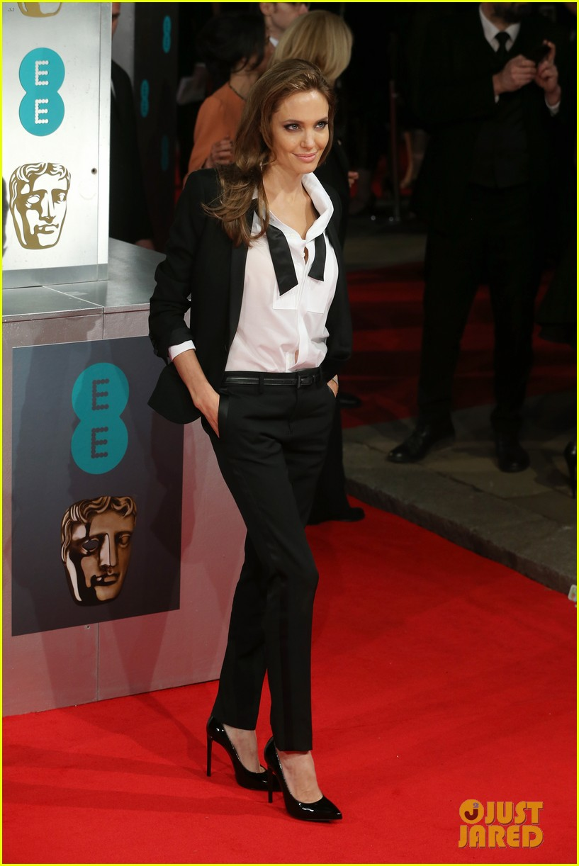 brad pitt wins best film at baftas 2014 watch video here 133054707