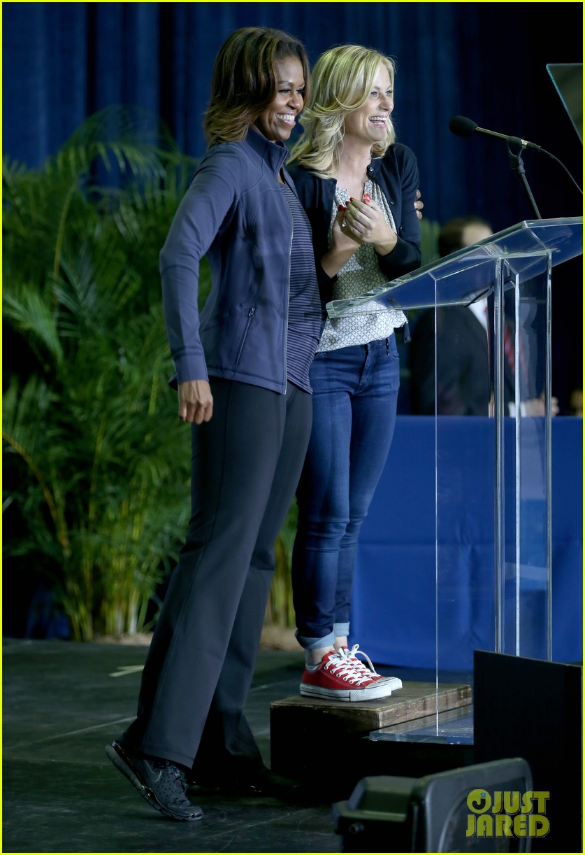 amy poehler michelle obama promote lets move initiative 083060937