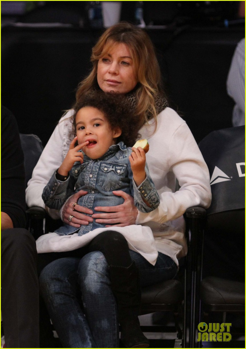 ellen pompeo will ferrell lakers courtside seats with the kids 053059754