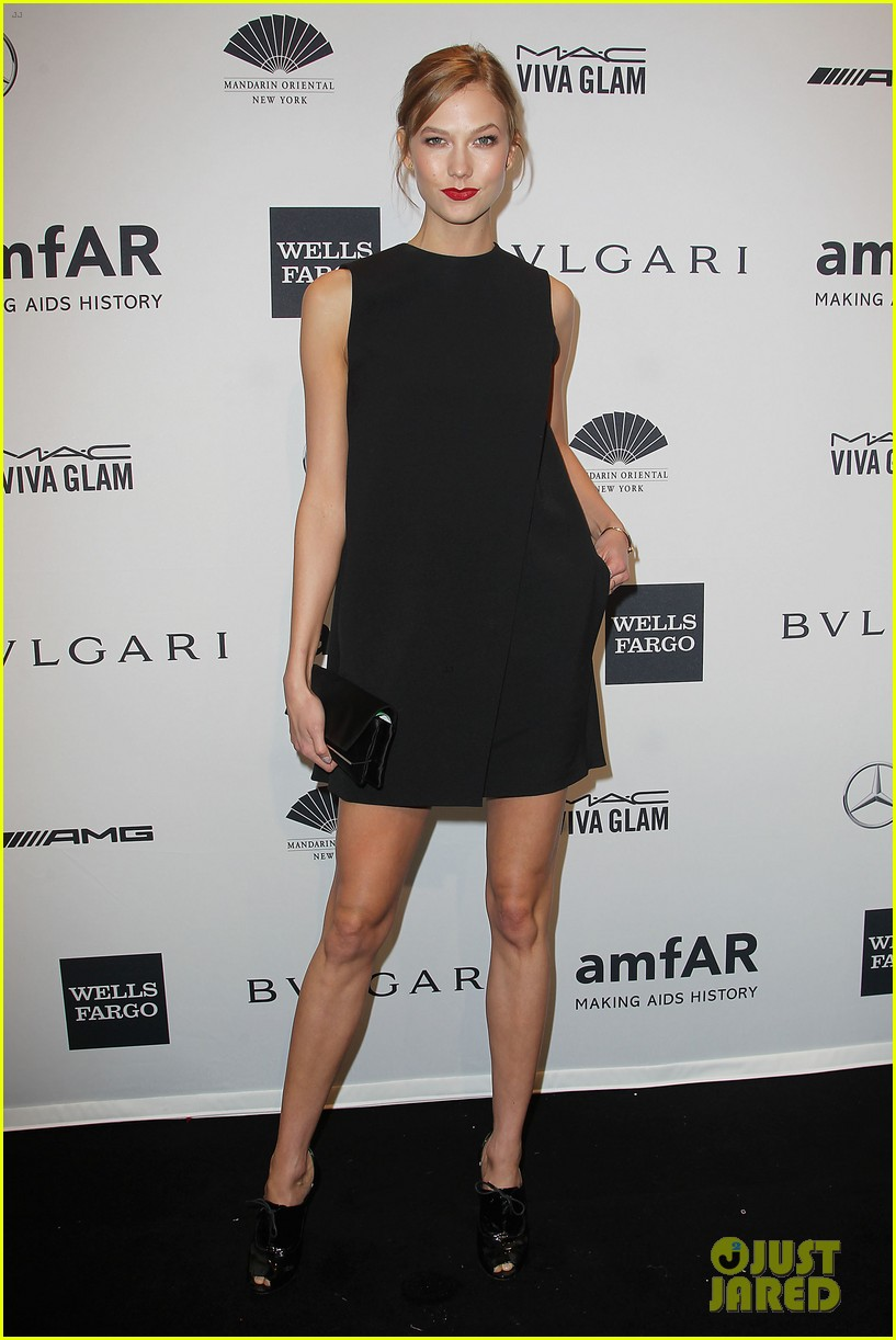 behati prinsloo lily aldridge supermodels take over amfar gala 043048230