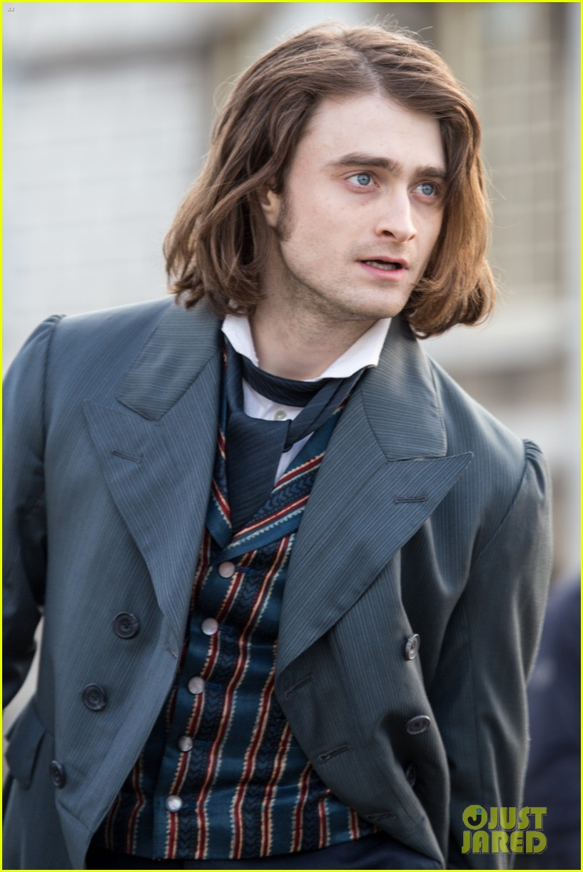 daniel radcliffes long hair reminds us of sirius black 253061280