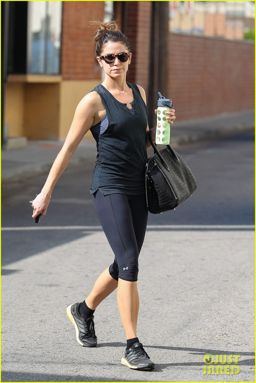 nikki reed keeps in shape with daily workout 053060898