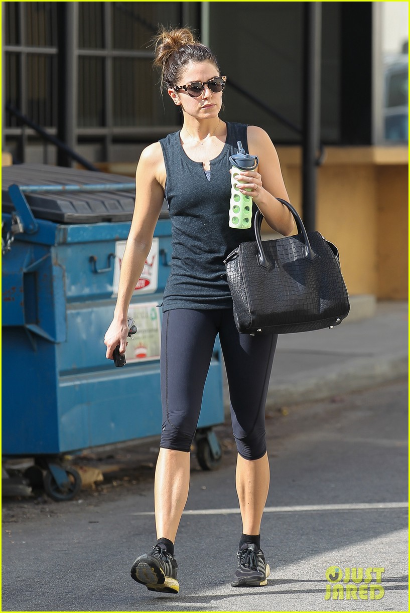 nikki reed keeps in shape with daily workout 073060900