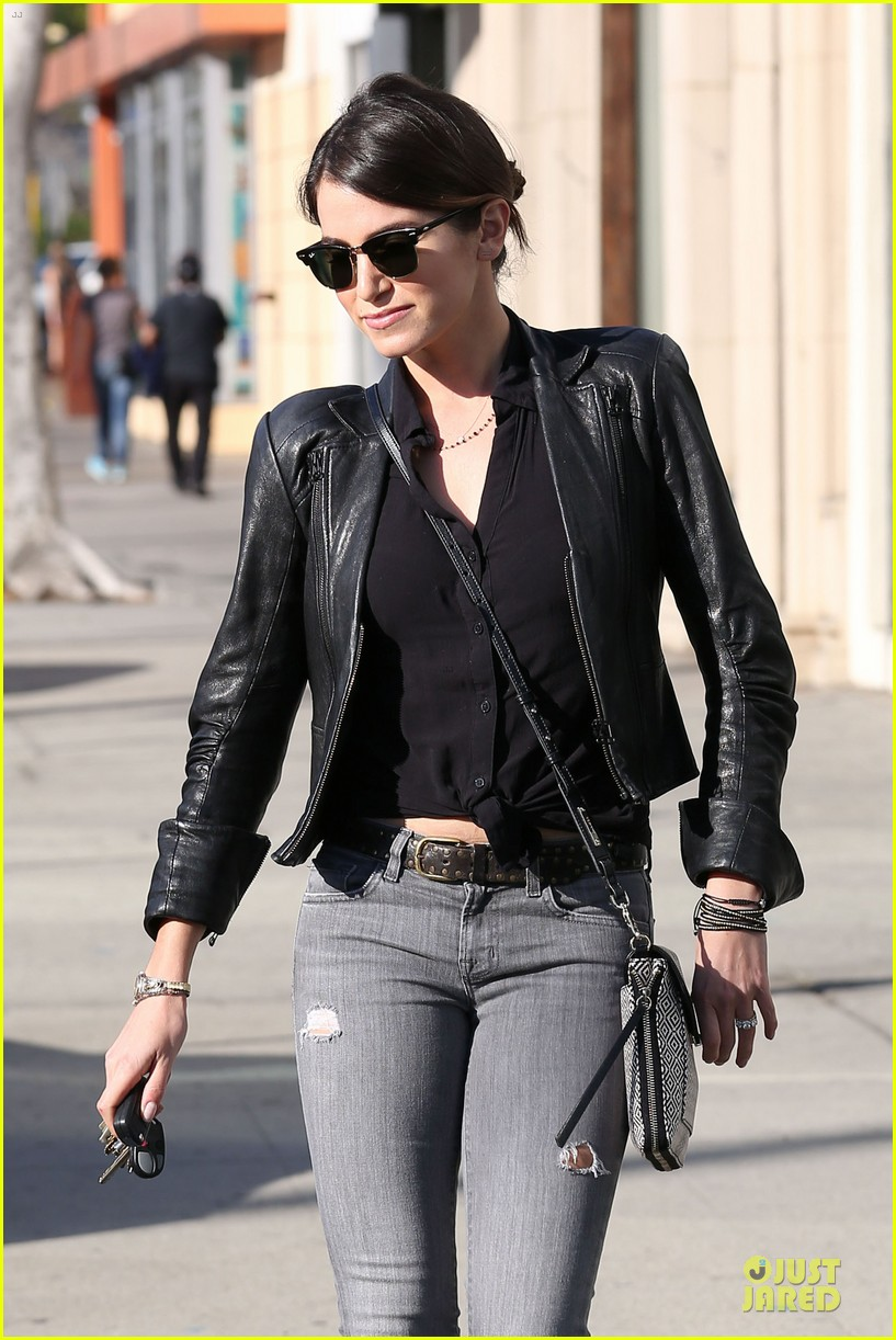 nikki reed rocks leather for spot shopping 08