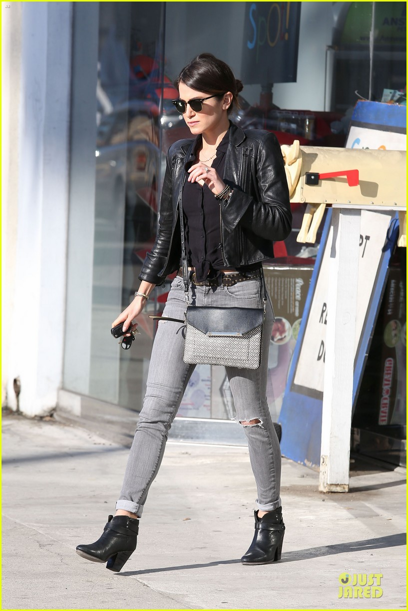 nikki reed rocks leather for spot shopping 11