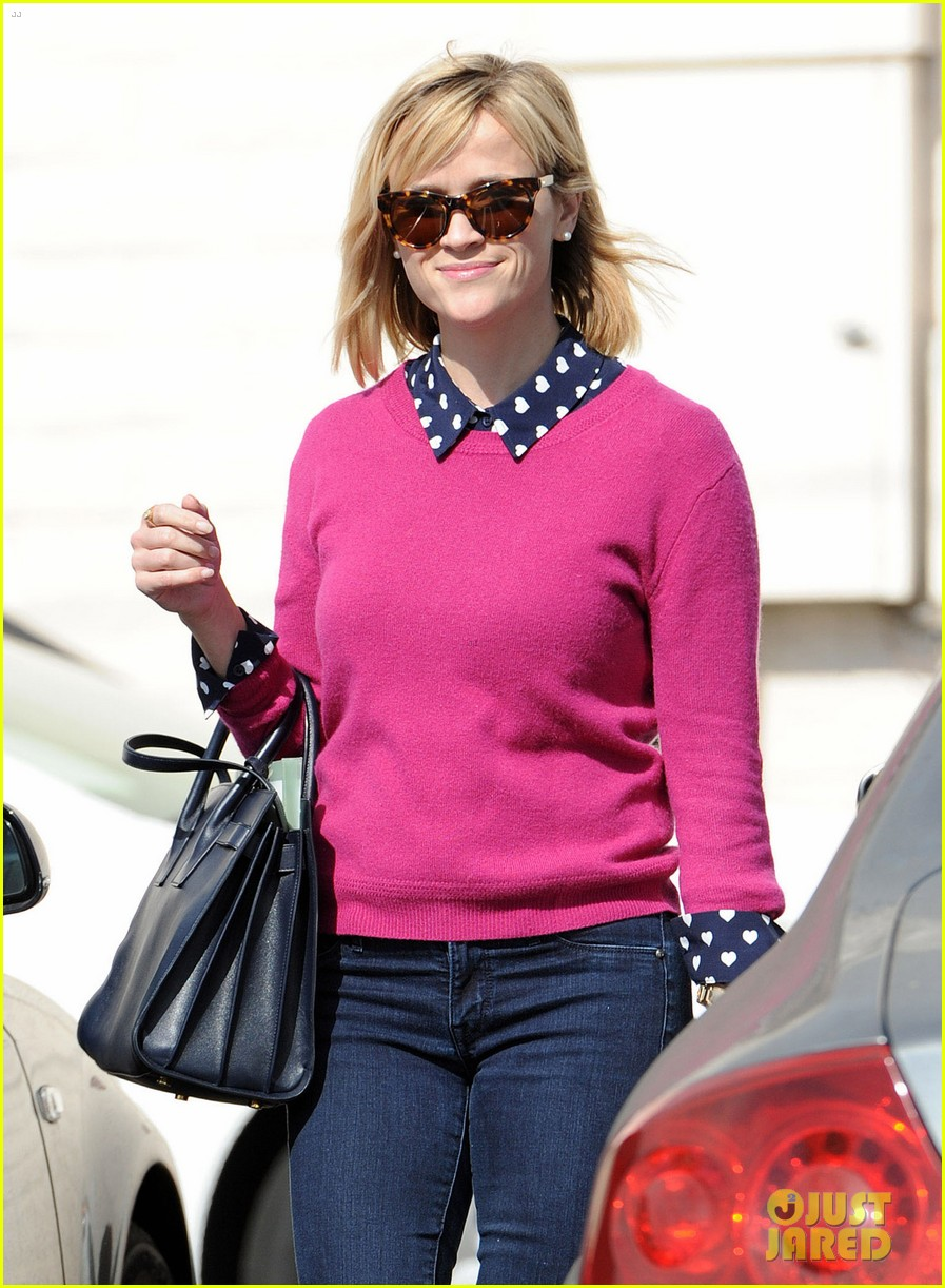 reese witherspoon i take hip hop dance classes 023050268