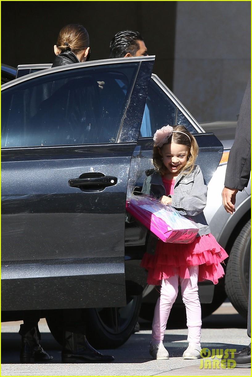 nicole richie birthday party fun with cutie pie harlow 17