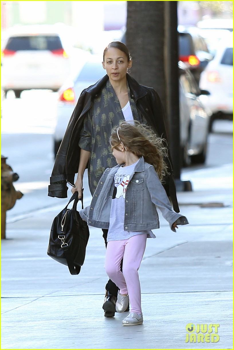 nicole richie birthday party fun with cutie pie harlow 24